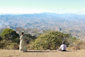 CWB artists Gaby and Lucho gaze across the expansive valley that separates El Salvador and Honduras. circus performer