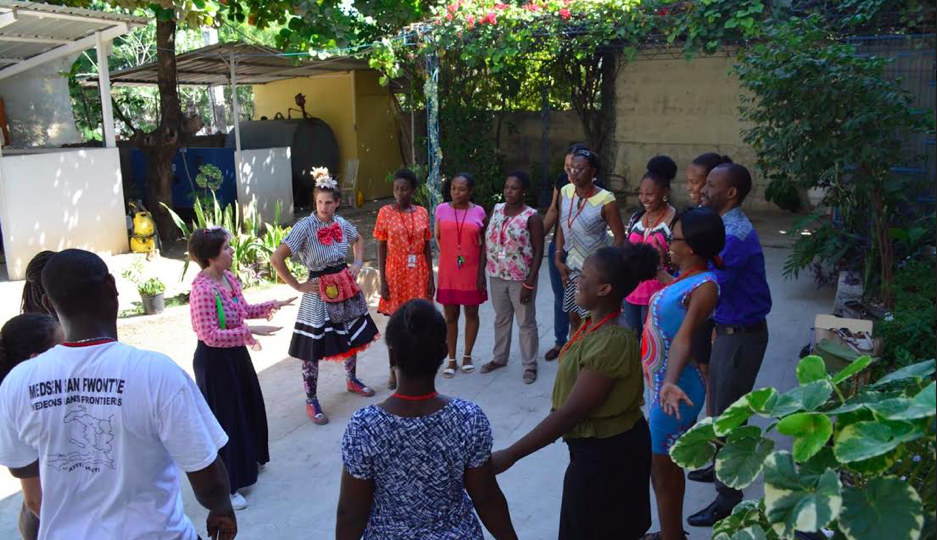 Clowns work with MSF caregivers in Haiti
