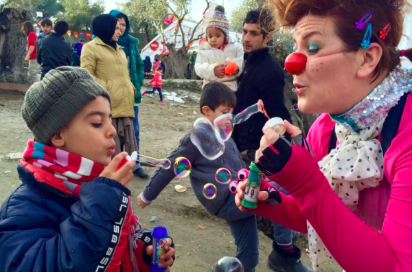 Kolleen blows bubbles in Lesvos