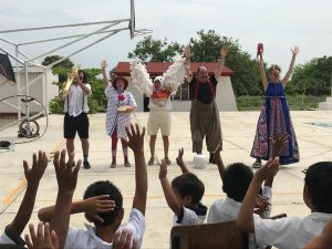 All the clowns take a bow in Mexico